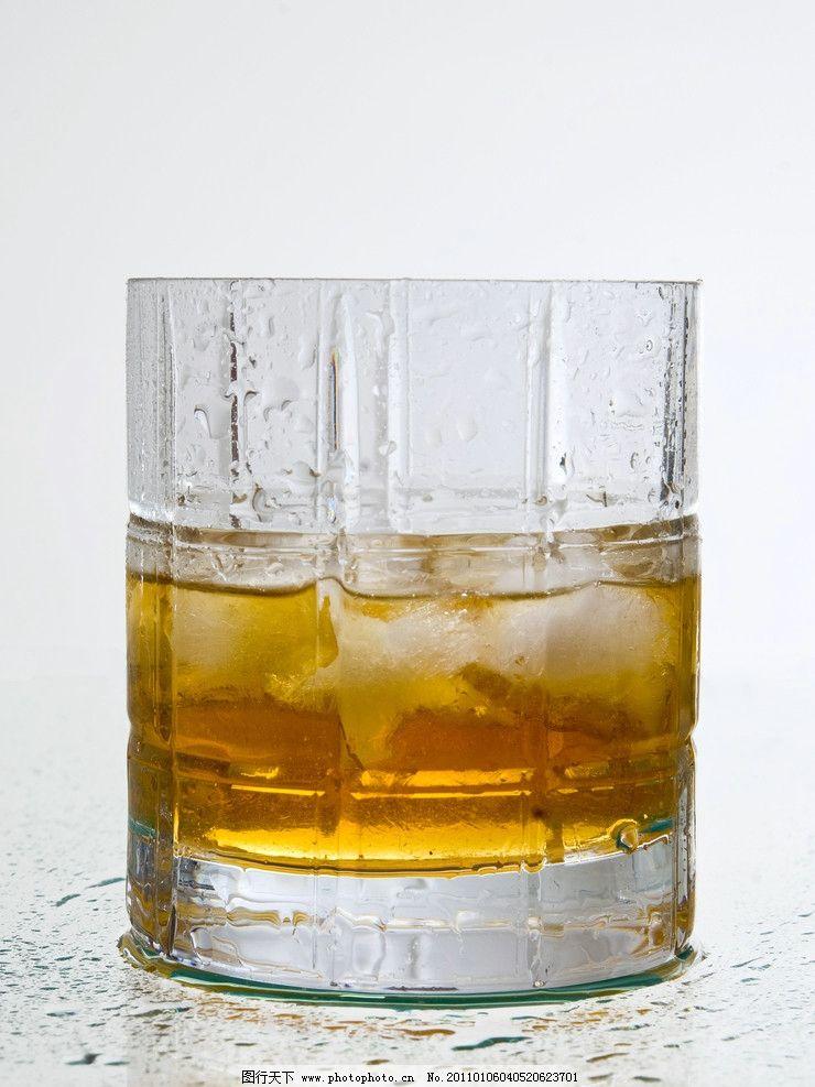 啤酒 啤酒杯 酒水 饮料 冷饮 扎啤 冰镇啤酒 夏日 杯子 夏季
