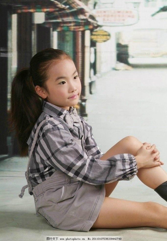 活泼小女生 活泼 可爱 天真 纯真 小学生 人物摄影 人物图库 摄影 72d