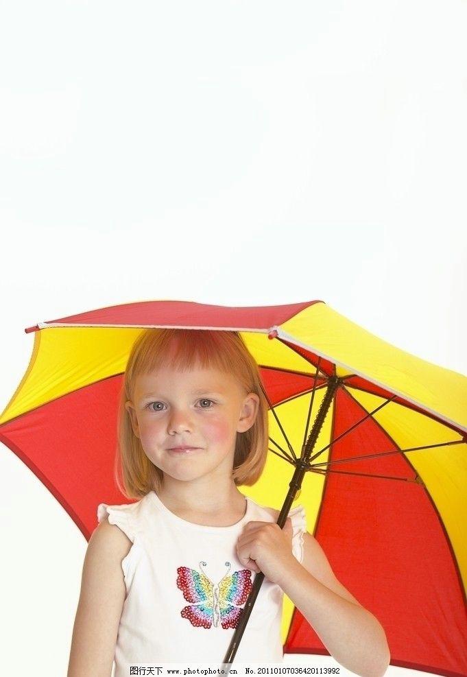 打雨伞的小美女图片