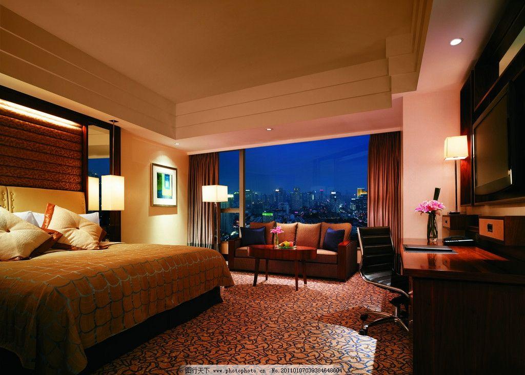 欧式卧室      套房 总统套房 水晶灯 沙发 茶几 台灯 窗帘 欧式风格