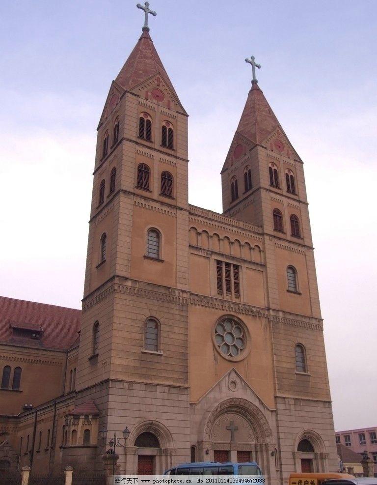 天主教堂 建筑 青岛 老建筑 欧式 地标性建筑 肥城路上拍 建筑摄影