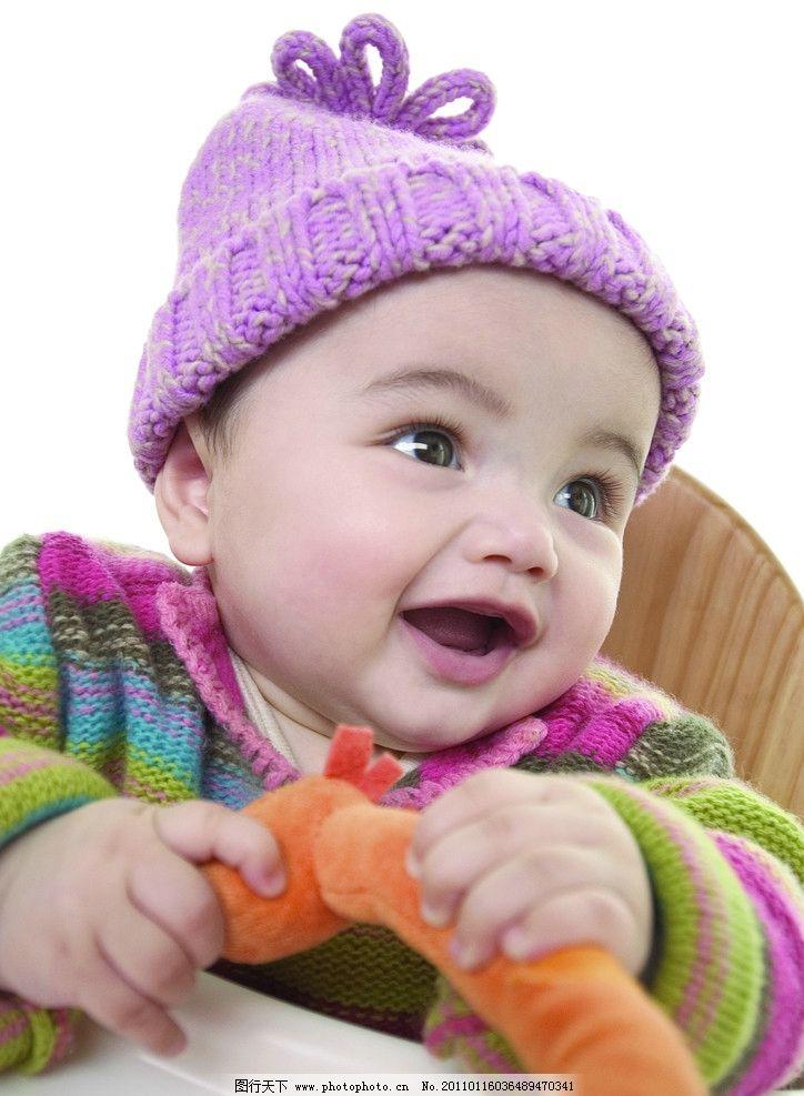 玩玩具高兴的婴儿宝宝 婴儿 宝宝 幼儿 宝贝 娃娃 孩子 可爱 玩具