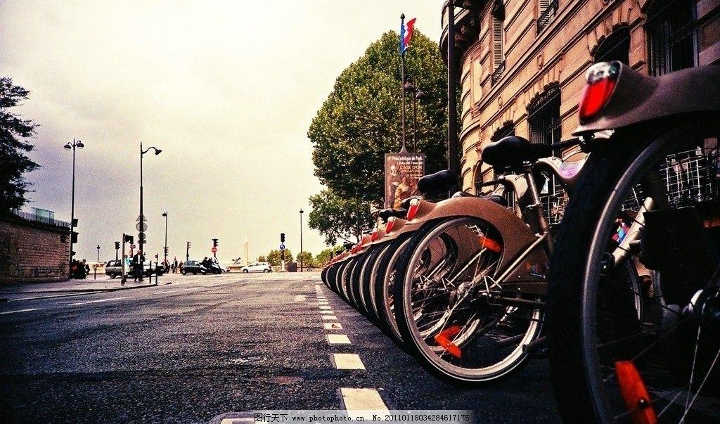 lomo风格风景 lomo 风格 风景 景观 自行车 道路 建筑 树 天空 交通