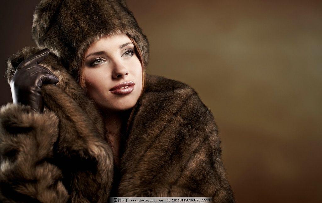 冬季高雅美女图片