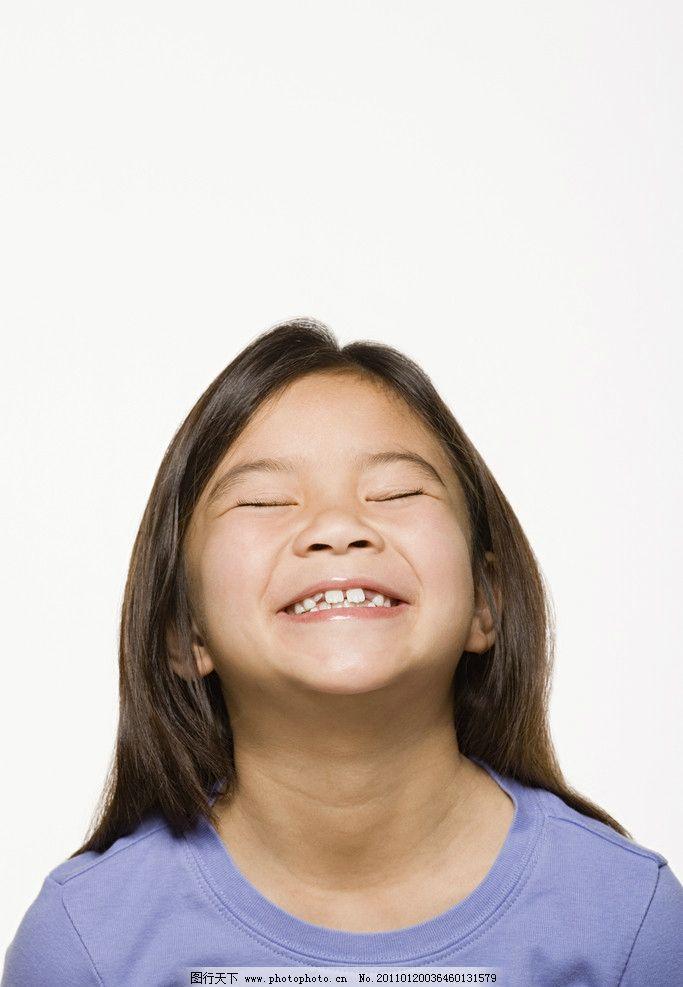 高兴喜悦的小女孩 小学生 儿童 孩子 小美女 漂亮小女孩 气质 青春 阳光 灿烂 儿童表情 表情儿童 儿童幼儿 人物图库 摄影 300DPI JPG
