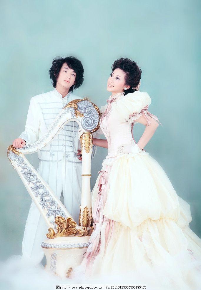 婚纱照 扶琴 礼服 盘发 婚纱样片 韩式风格 人物摄影 人物图库 摄影
