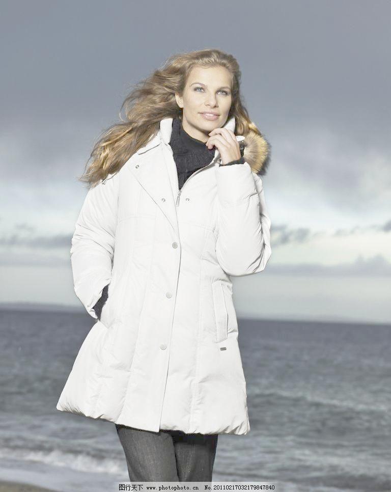 冬装美女模特图片
