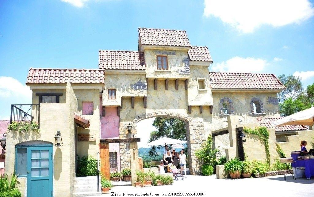 城墙 欧式建筑 欧式庭园 景观 城堡 墙面 墙壁 斜顶 岩板 拱门 盆景