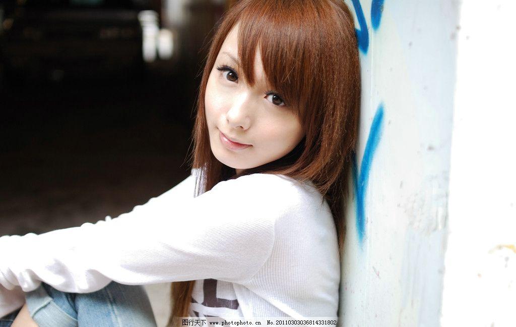 台湾美少女 小布 台湾 美少女 棕色秀发 鹅蛋脸 水灵大眼 细嫩皮肤
