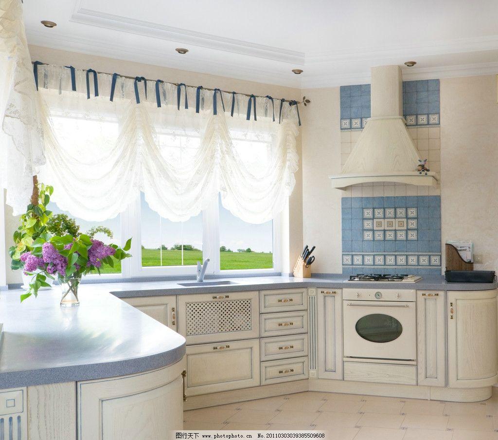 室内厨房设计 橱柜 鲜花 窗帘 欧式风格 西方风格 家装设计 装修设计