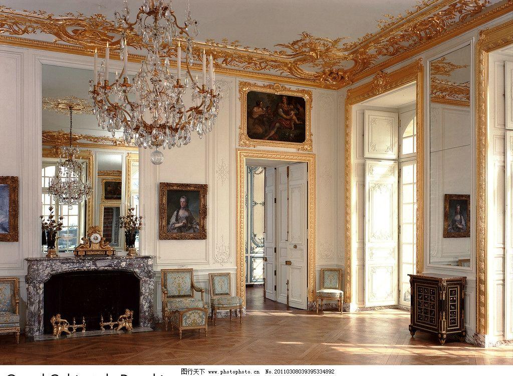 欧式建筑 客厅 油画 画框 装饰品 皇宫 宫殿 雕塑 吊灯 华丽