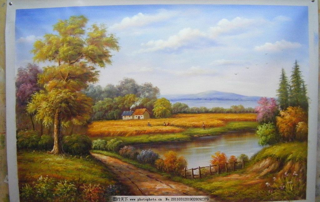風景油畫 大樹 馬路 麥田 房子 青煙 繪畫 藝術 水塘 花草