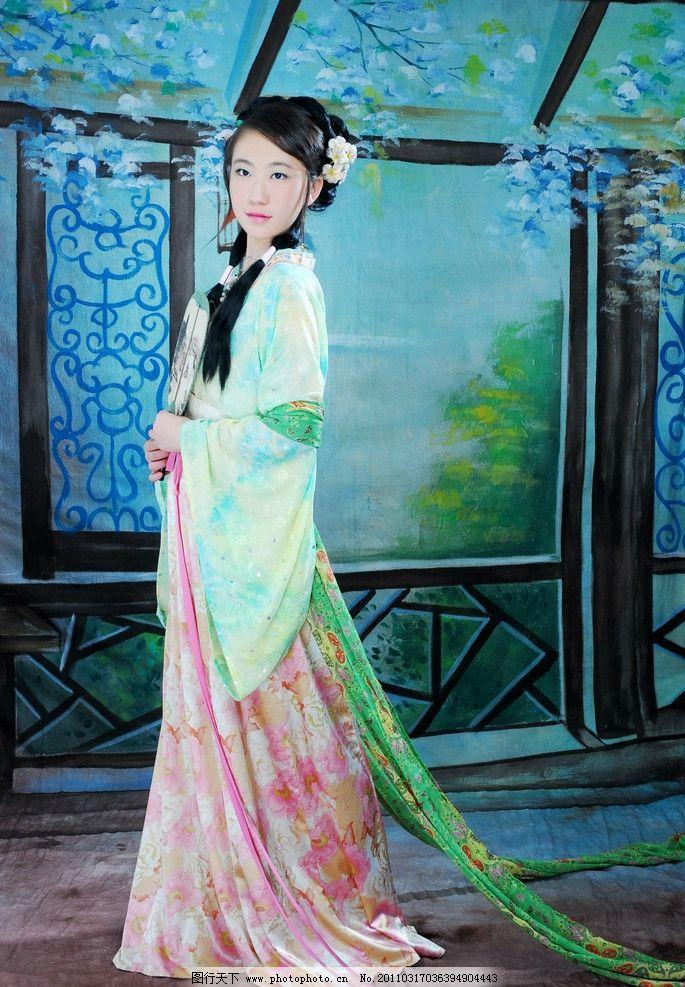 中国古装美女 唐装 人物 油画 扇子 人物摄影