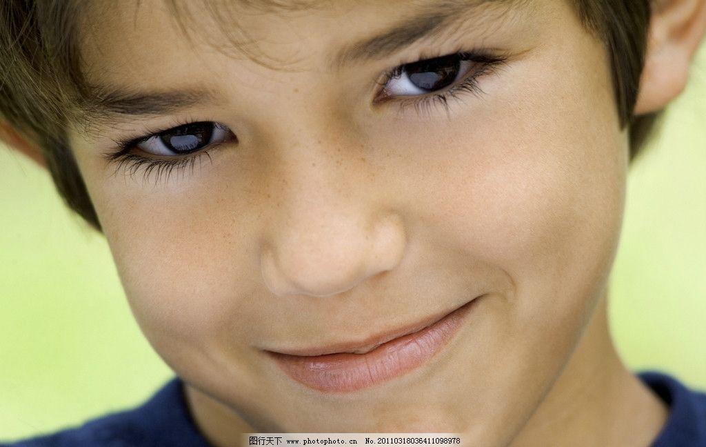 小帅哥图片,小男孩 小男孩脸部特写 脸部表情 国外小