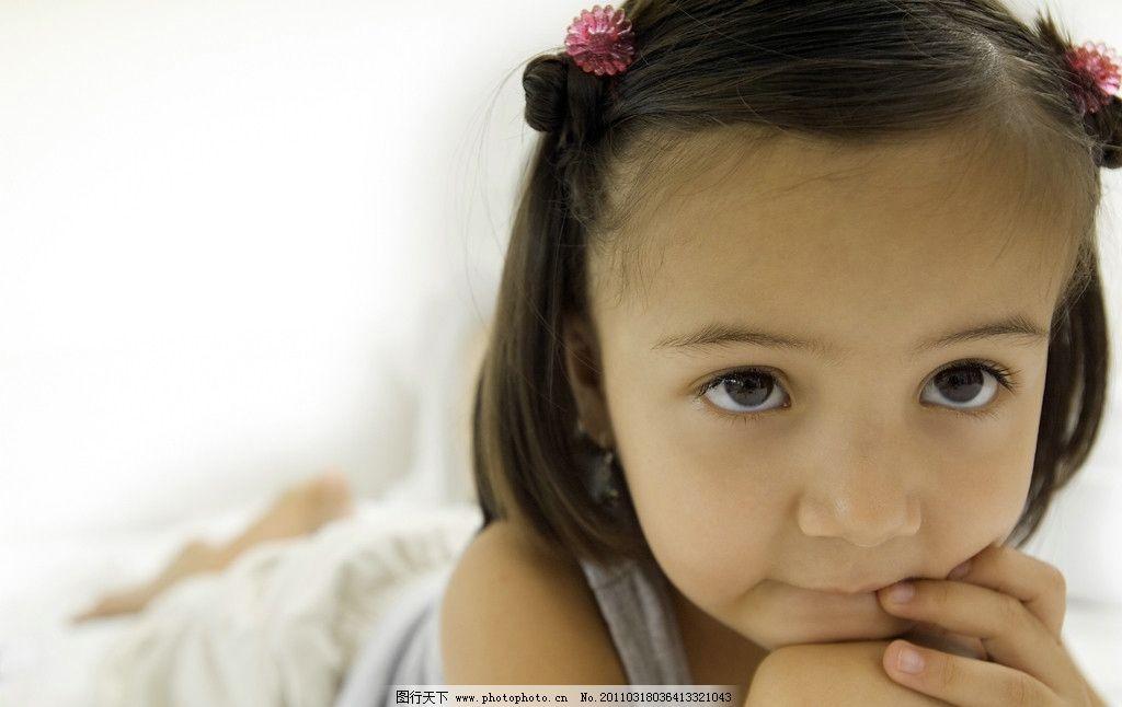 小女孩图片,可爱 调皮 微笑 笑容 开心 笑脸 可爱的小