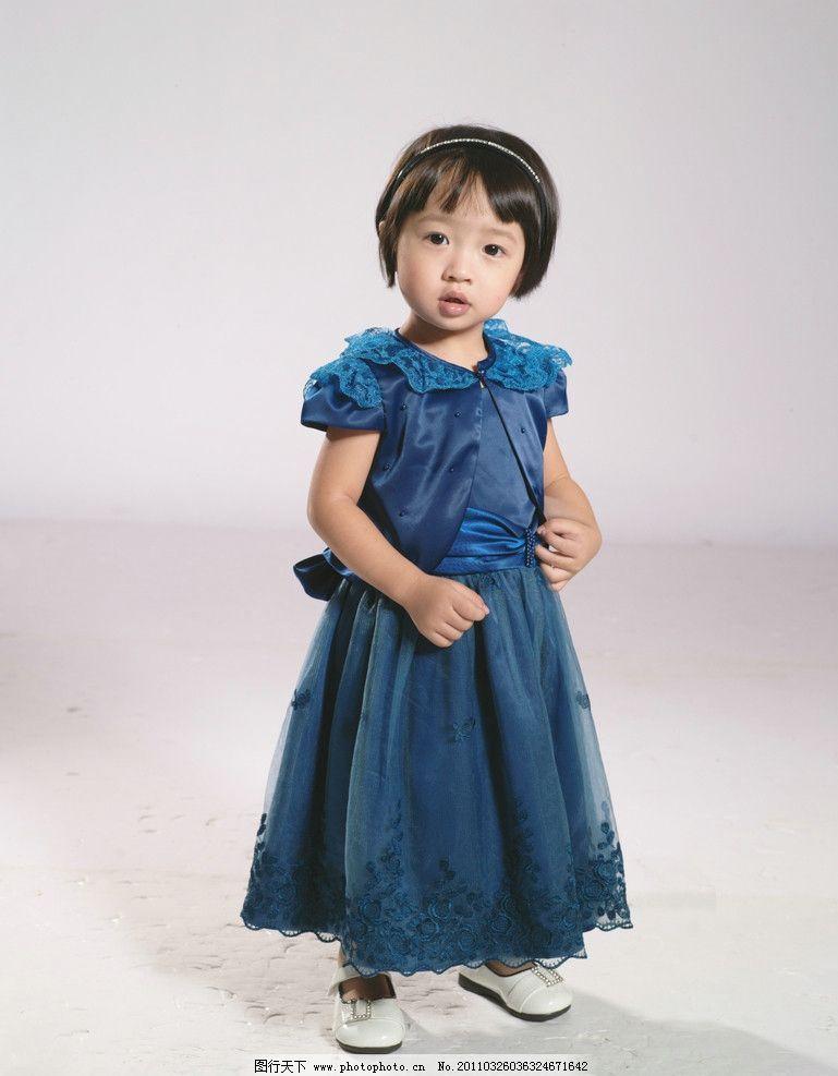 童装图片 可爱童装专辑 可爱 童装 专辑蓝色裙子 短袖 童装专辑 人物